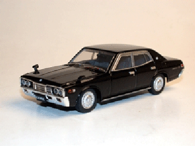 Dism AD74114 NISSAN CEDRIC 330 1975 Die cast 1:43
