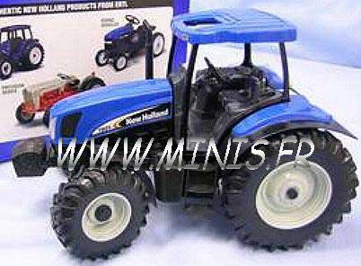 ERTL 13621 New Holland 125A tracteur Miniatures 1:16