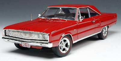 Highway 61 50424 Dodge CORONET 1967 Die cast 1:18