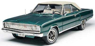 Highway 61 50425 Dodge CORONET 1967 Miniatures 1:18