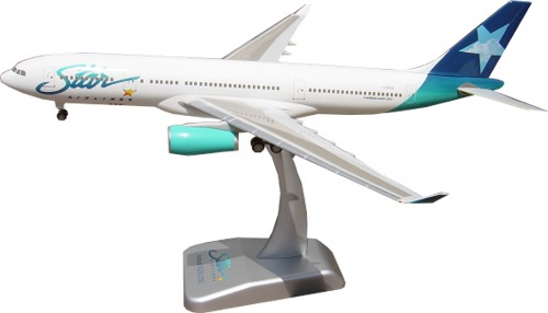 Hogan 2025 Star Airlines Airbus A330-200 Miniatures 1:200