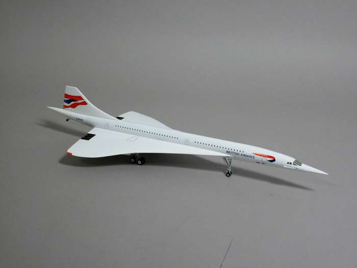 Hogan 8843 Concorde British Airways Miniatures 1:200