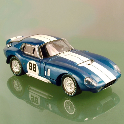 Shelby cobra daytona 1965