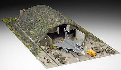 Hangar avions échelle 1/72 Revell-04376