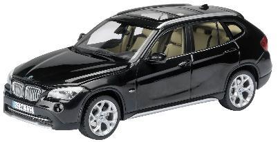 schuco 07196 bmw x1 noir 1 43 miniatures maquettes. Black Bedroom Furniture Sets. Home Design Ideas