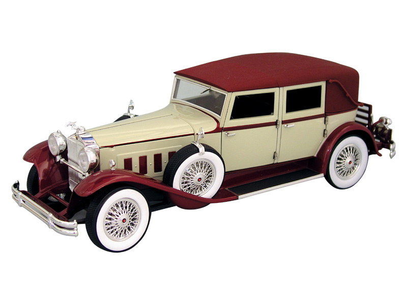 Signature 18115 Packard Le Baron 1930 Die cast 1:18