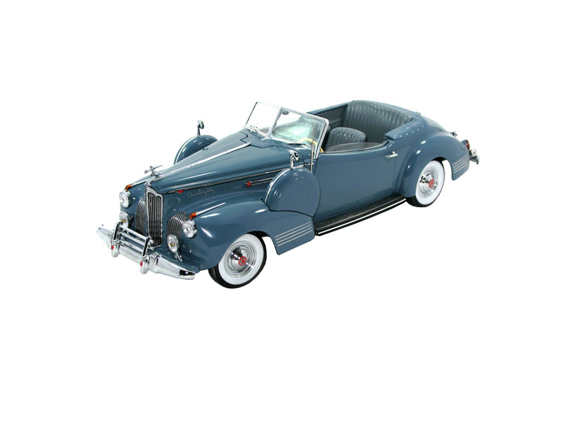 Signature CT68628 PACKARD DARRIN 1941 Die cast 1:18